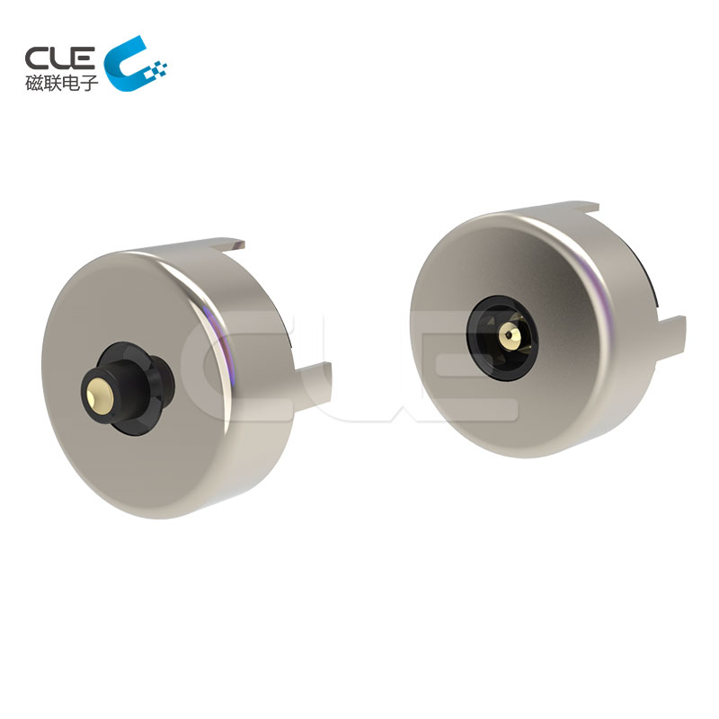 Round magnetic connector for electronic device